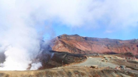 阿蘇山火口パノラマビュー