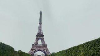 エッフェル塔を見上がることができるストリートビュー/フランス