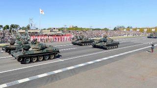戦車など約240両が行進 自衛隊観閲式のパノラマビューと雨雲レーダー